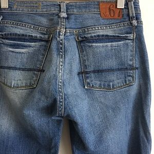N67 jeans
